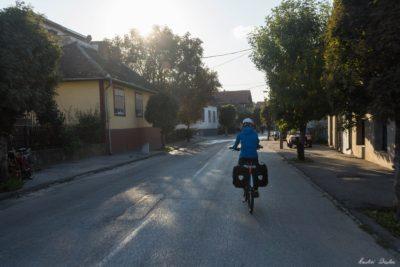 153 400x267 - Serbia Bike Touring - ep. 4: Along the Danube