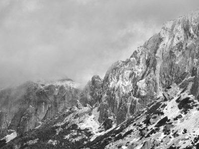 64 400x300 - Iarna în Bucegi, la Strunga
