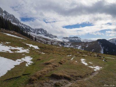 8 400x300 - Iarna în Bucegi, la Strunga