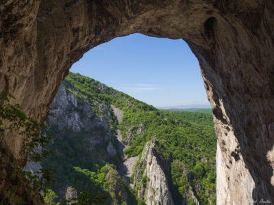 33 400x300 - Trasee de munte în Carpați (II)
