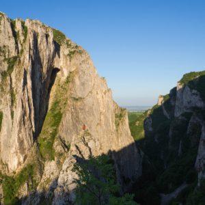 43 300x300 - Cățărare pe stâncă