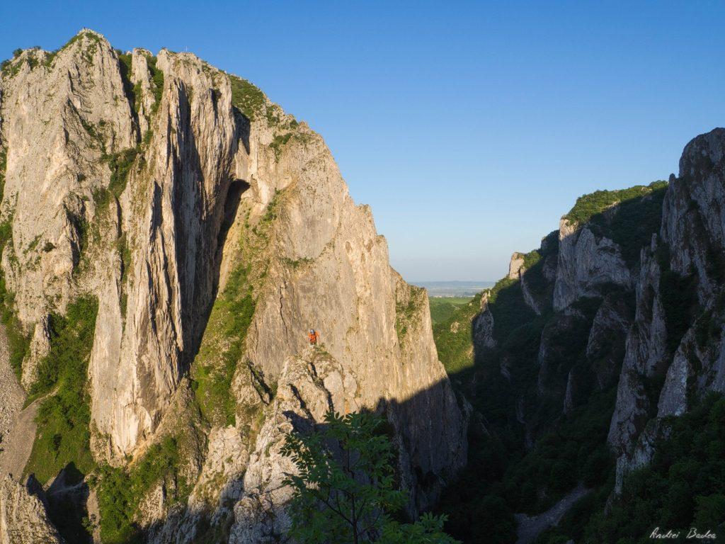 43 - Climbing