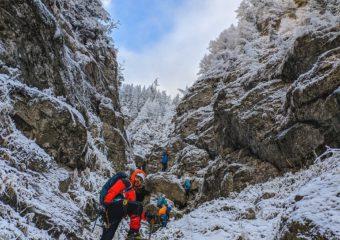 5 9 340x240 - Trasee de munte în Carpați (III)