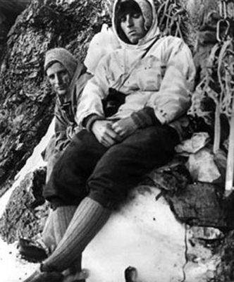 67332929 1031036800621036 6699107963291828224 n 332x400 - Istoria muntelui: Eiger 1938
