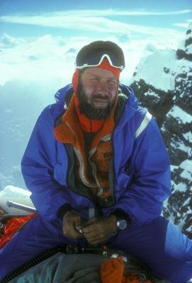 unnamed 1 1 271x400 - Everest, Chris Bonington 1975