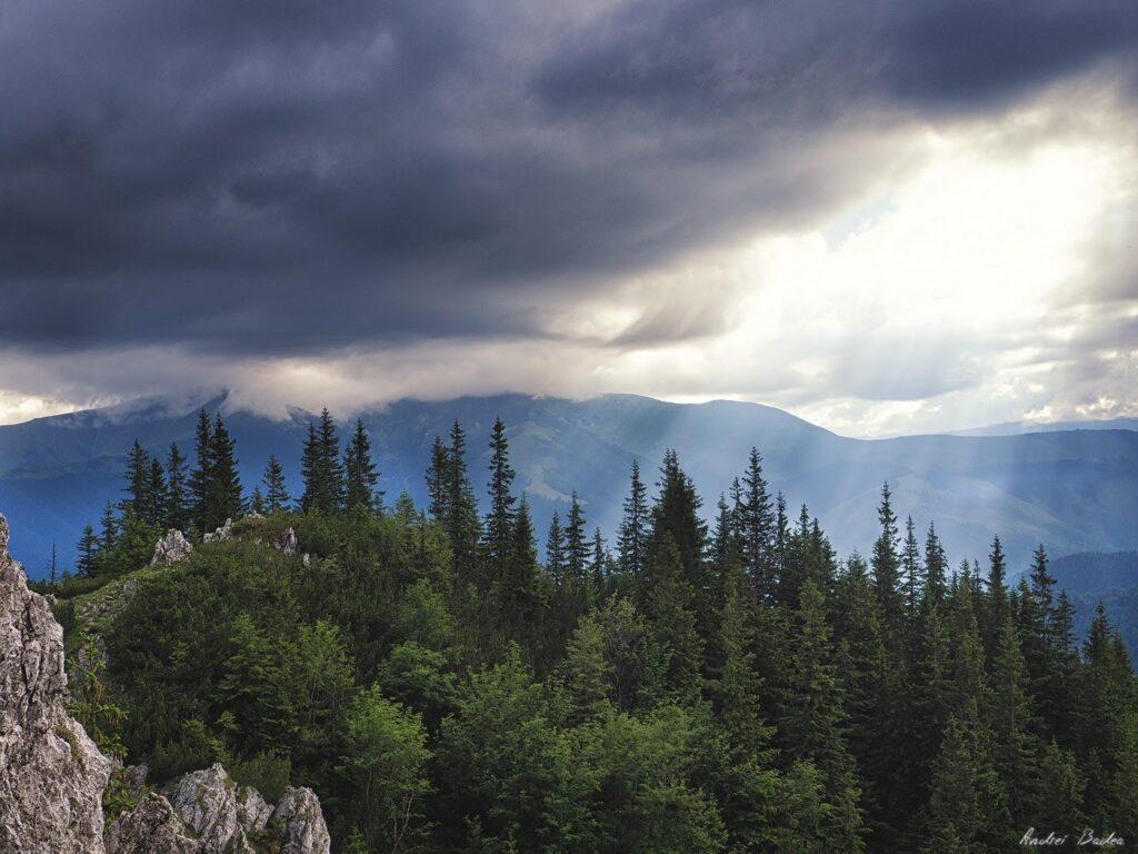 58 - Cum verifici vremea pe munte?