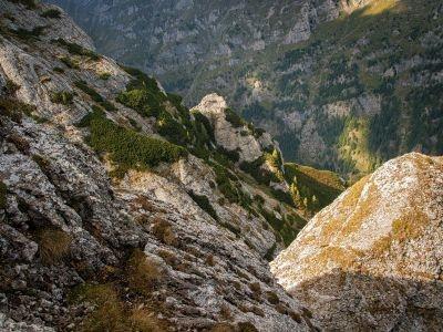 Tainele Bucegilor: În Colțul Mălinului, prin Hornul Ascuns