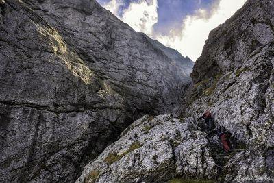 Tainele Bucegilo: Valea Colților și Hornul Coamei