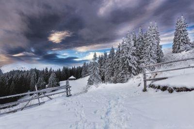 Venirea iernii în Leaota